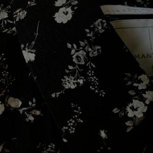 TOPMAN Black and White Floral Pattern Button Down